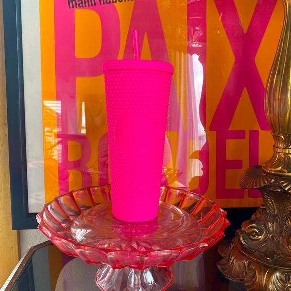 👑💕💄NWT Overseas Neon Barbie Pink Studded